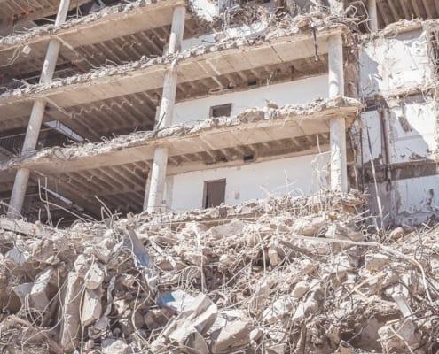 Schadstoffsanierungsarbeiten im Bereich fest- und schwachgebundener Asbest